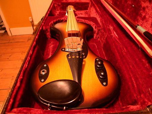 Fender (2)Small